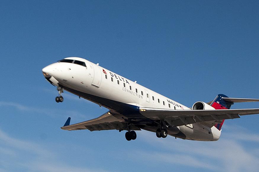 CRJ200 3