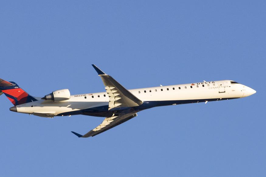 CRJ900 1