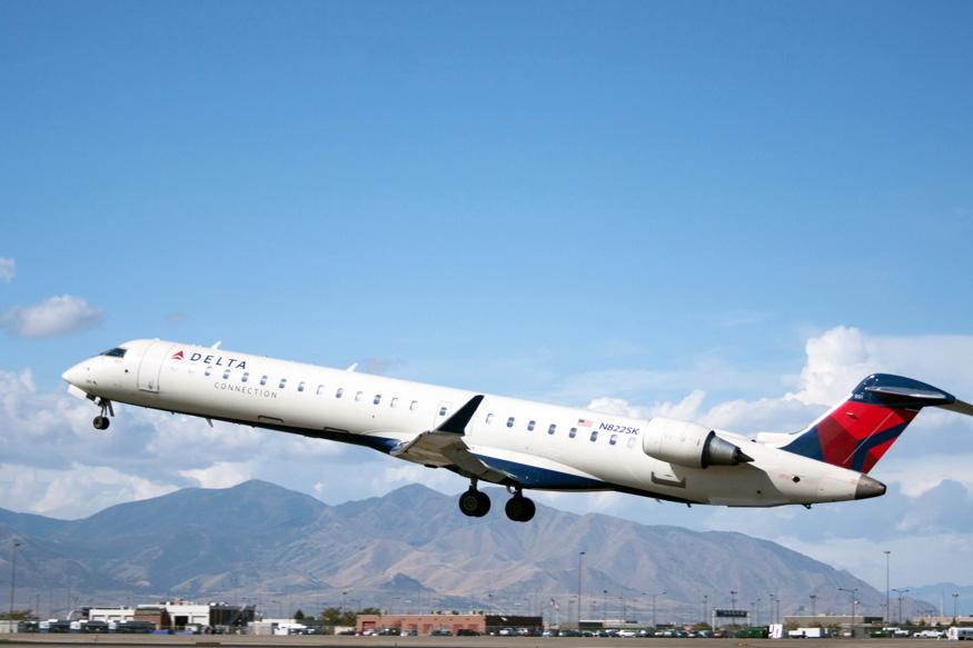 CRJ900 2