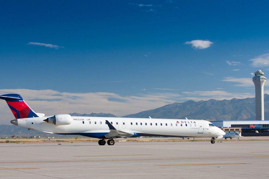 CRJ900 3